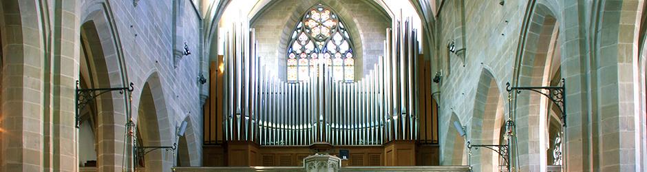 Heaton-Fenster und Orgel